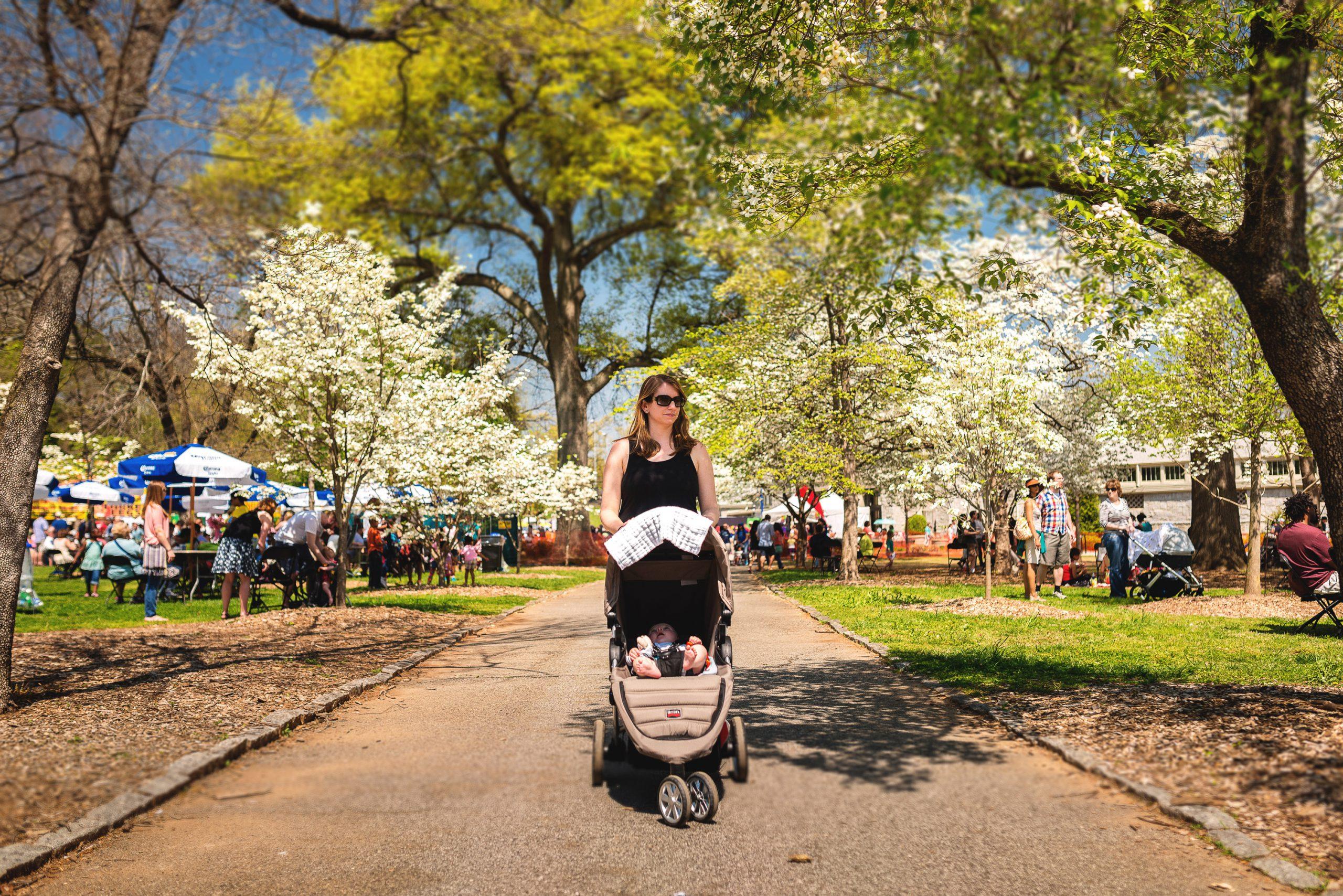 Atlanta-Dogwood-Festival-Mom-Stroller