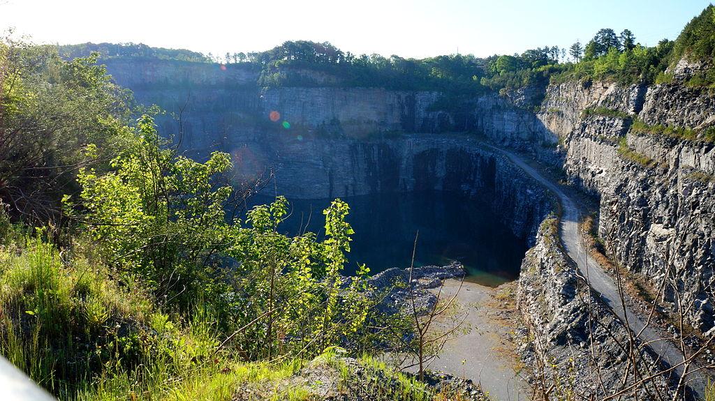 Bellwood_Quarry.JPG