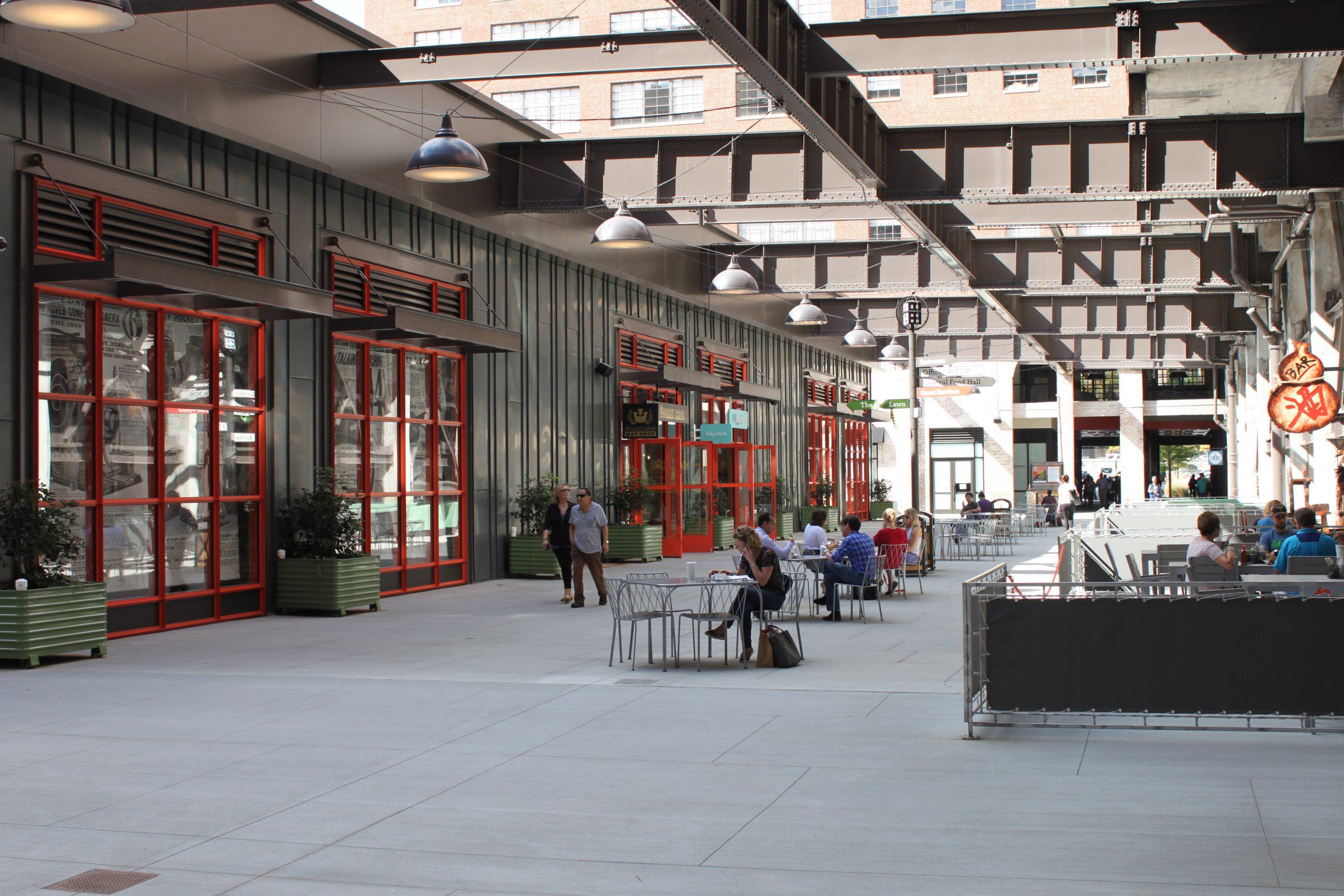 Atlanta-Ponce-City-Market-Courtyard